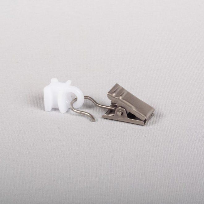 Plastic slider with metal curtain clips bright matte silver colour No. U 335